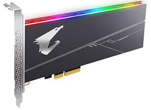 Gigantesco producto, el nuevo Gigabyte Aorus RGB AIC 512GB